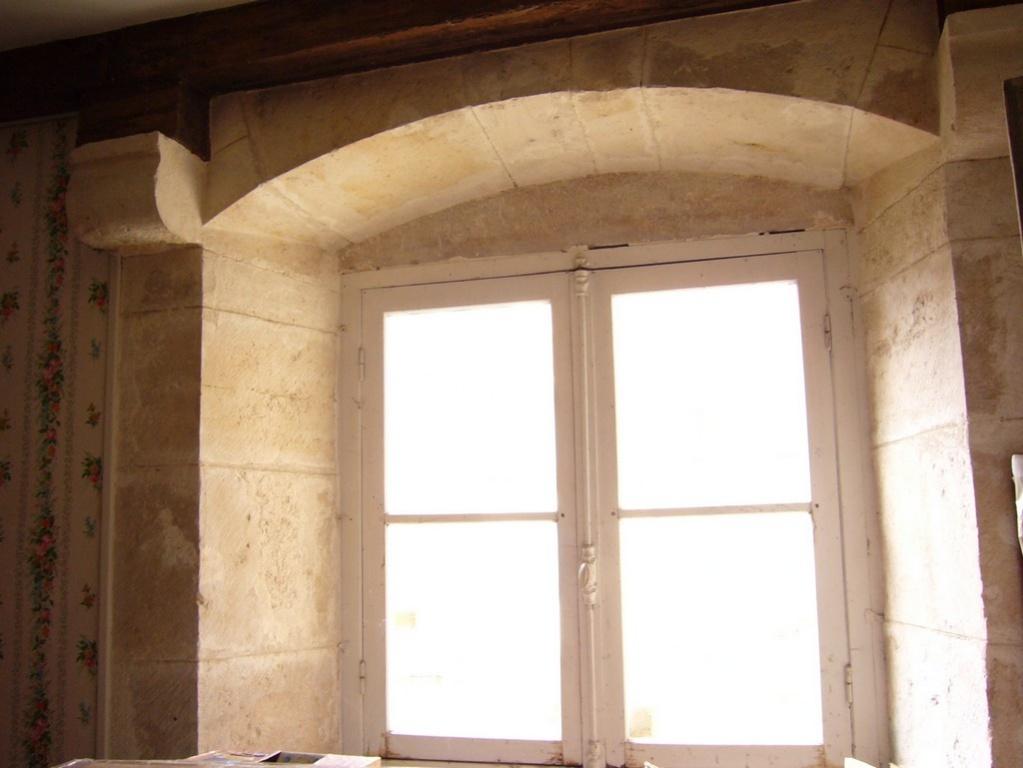 Vente suspendue maison v zelay l 39 1 des belles de for Aeration d une chambre sans fenetre