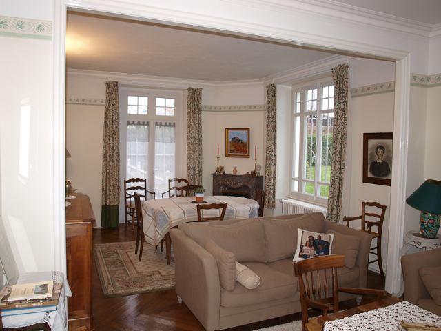sous compromis de vente maison de ma tre au coeur d 39 un. Black Bedroom Furniture Sets. Home Design Ideas