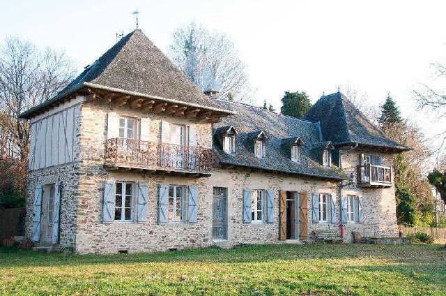 Manoir a vendre en correze limousin terres demeures de france - Maison a vendre en correze ...