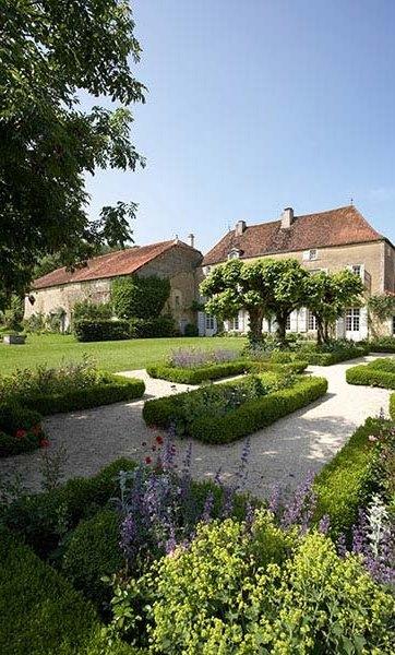 A t vendue par terres et demeures de france immobilier for France logis immobilier